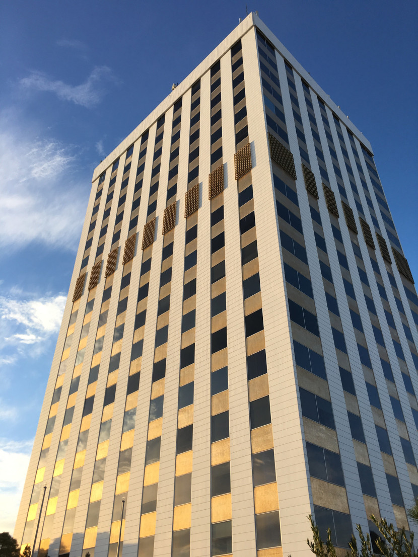 Figure 1. First National Bank Building, exterior at sunset, 2015. Photograph by author.