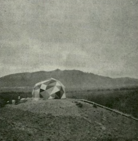 Figure 2. Zome, location unknown, ca. 1968. Source: Dome Cookbook, 22.