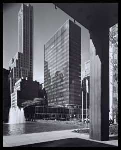 Figure 3. Lever House, New York, NY, 1959. Photograph by Julius Shulman. © J. Paul Getty Trust. Getty Research Institute, Los Angeles (2004.R.10).